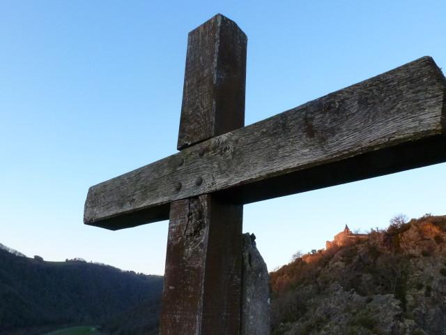 Cum este făcută crucea – pr. Iosif Trifa